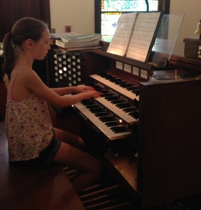 Annabelle play the organ for the first time!